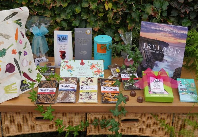 Discover Ireland Chocolate Gift Box